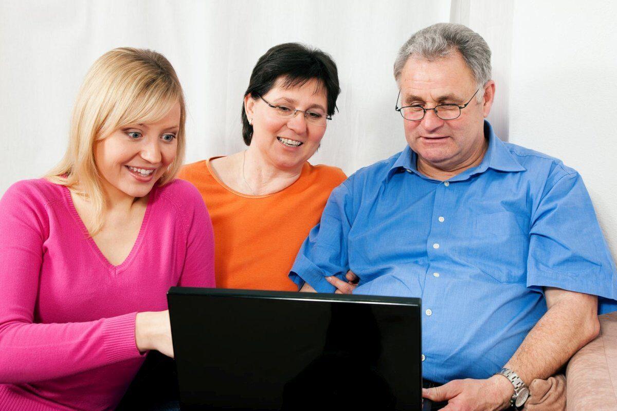 rodzina_przekazuje_jeden_procent_podatku